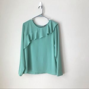 Vince Camuto long sleeved ruffle blouse L